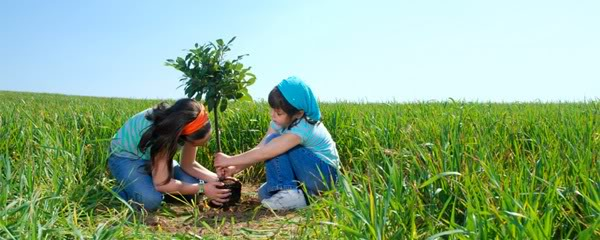 earth-day-events-general-kids-planting-a-tree-header